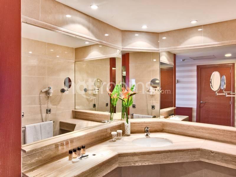 Alquiler de habitaci n para escort en barcelona for Alquiler habitacion sevilla por dias