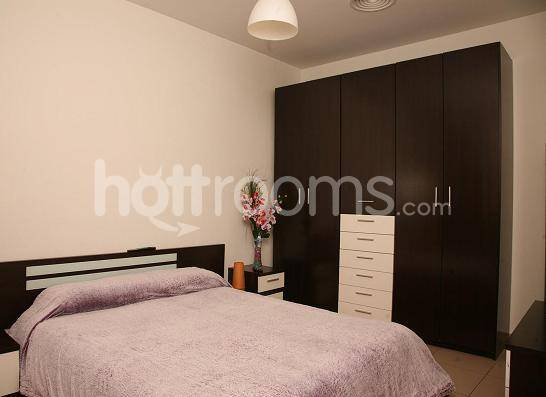 Alquilo habitacion a chica escort discreta barcelona habitaciones por horas d as y plazas - Habitacion por dias madrid ...