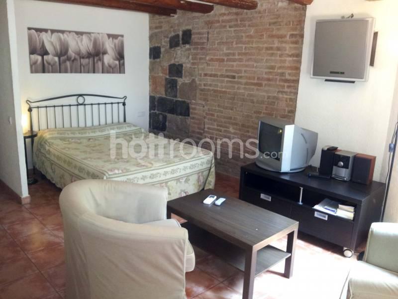 Apartamento independiente por semanas barcelona for Habitaciones por horas girona